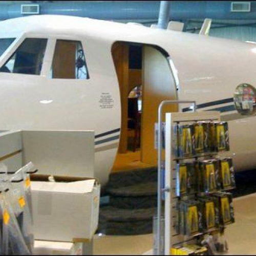 2 Banyan Air Pilot Shop